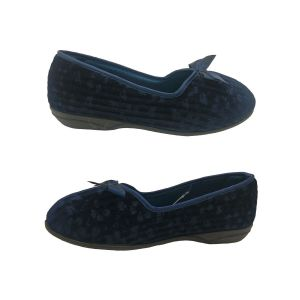 Ladies Slippers Grosby Grace5 Slip on Textured Floral Navy Velour Sizes 5-10 NEW